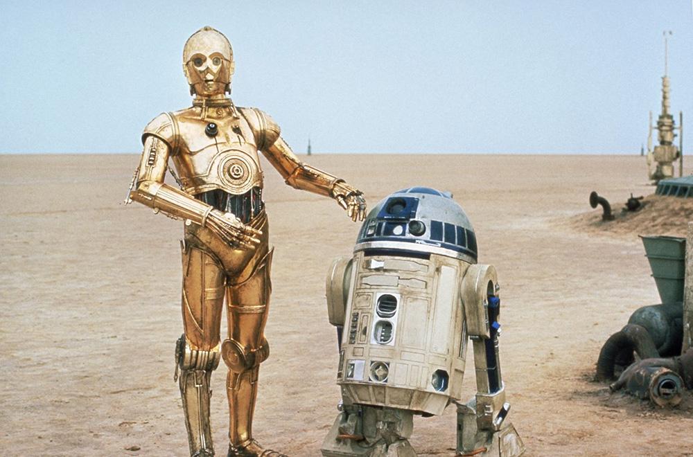 R2D2 and C3PO on Tatooine